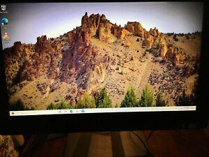 Dell Inspiron One  2020 Desktop W06B 1tb HD 6GB RAM i3 2.6GHZ CPU CD/DVD Camera