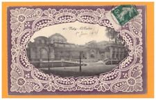 VICHY (03) Façade du CASINO en 1914 / Carte Ancienne gaufrée décor Dentelle