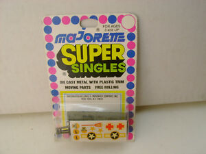 MAJORETTE SUPER SINGLES MILITARY ARMY WRECKER TOW TRUCK W/DECALS NEW ON CARD