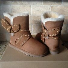 UGG Mabel Chestnut Suede Sheepskin Grommet Bailey Bow Short Boots Size 5 Womens