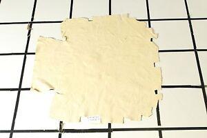 Barista Beige Scrap Leather Hide w/some Dye Transfer Approx. 6.5 sqft. L13M29-7
