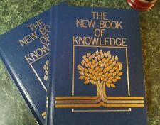The New Book of Knowledge (Vol.1/A & Vol. 2/B) by Grolier ((2001, Hardcover) New