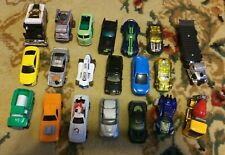 Lot of 20 Loose 1/64 Diecast & Toy Cars Trucks Hot Wheels