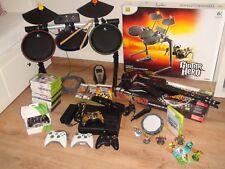 XBOX 360 S console * 20 giochi + FIFA Kinect * * 4 controller Guitar Hero BATTERIA