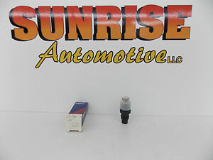 NOS 1987-99 CHEVROLET GMC INDIRECT FUEL-INJECTION INJECTOR 12458121 217-1403 T-1