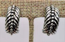 Dots hoop Clip Fashion Earring M104 A012 Unique Classic Designer Style Silver