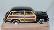 1949 Black Ford Woody Wagon - 1:24 scale - Metal