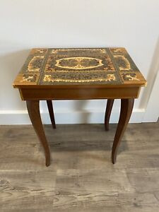 ITALIAN VINTAGE MUSICAL INLAID WOODEN TABLE MARQUETRY JEWELLERY SEWING BOX MUSIC