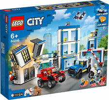 60246 LEGO City Police Police Station 743 Pieces Age 6 Years+