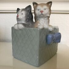 Nao by Lladro Purr-fect Gift 1080 Kittens in a Box Basket Blue Bow Cats Spain