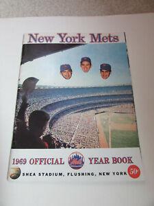 1969 N Y Mets Original Yearbook (Floating Heads Over Shea)