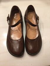 Dansko Women's Mary Jane Shoes  Dark Brown Leather  Size 41 EUC