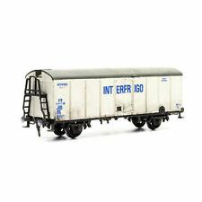Dapol C042 OO Scale Interfrigo Van Wagon Plastic Kit