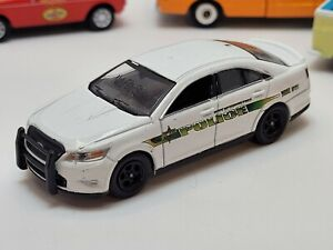Greenlight 2014 Ford Police Interceptor North Pole Preproduction Deco Sample