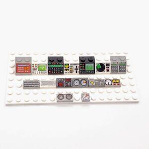 Lego Computers Consoles Radar Control Panels Dials Gauges Instruments Lot of 16