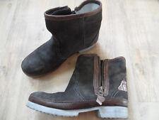 NAPAPIJRI coole Wildleder Boots gefüttert braun Gr. 40 TOP KoS318