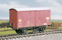 Ratio 541 OO Gauge BR Banana Van Kit