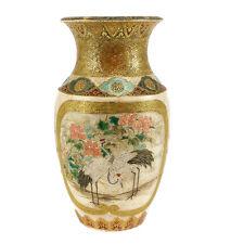 Japanese Satsuma Kutani Porcelain Vase, finely Hand Painted cranes 19th Century