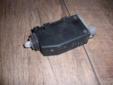 Stellmotor ZV Omega B, Tigra, Astra F, Corsa B 90449074