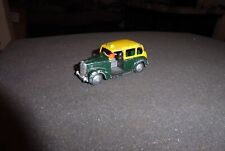 Dinky 40h vintage Austin Taxi bemalt 50ies