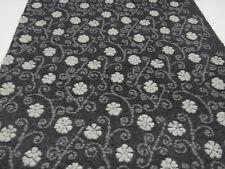 Stoff Musterwalk Kochwolle Walk Relief Blumen Ranken anthrazit grau wollweiß