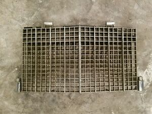 1985 1986 1987 1988 1989 LINCOLN TOWN CAR FRONT CHROME GRILLE ASSEMBLY OEM