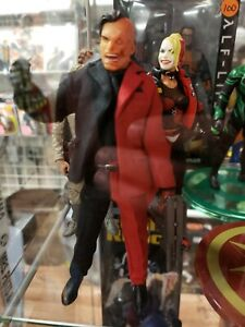 Batman Two-Face One:12 Collective Figure* IN STOCK* FREE US SHIPPING*