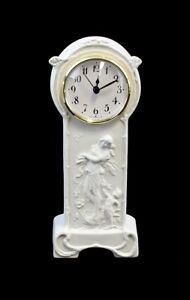 9944208 Porzellan Uhr Jugendstil-Mädchen Bisquit Kämmer H22cm