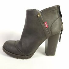 Levis Chocolate Brown Booties Amy Short Boots Heels Shoes Womens Size 7W