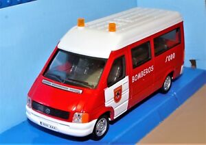 VOLKSWAGEN LT VAN VW MINI BUS FIRE Spain Bomberos 1:43 CARARAMA Hongwell NEW BOX