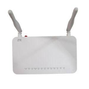ZTE ZXHN F660 GPON ONT of 4GE LAN 5 DBI antennas WIFI SC/APC green input V7