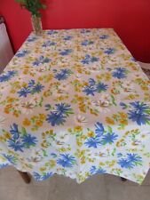 Vintage  Retro Printed Flowered Daisy Tablecloth VINTAGE  TEA /PICNIC, new