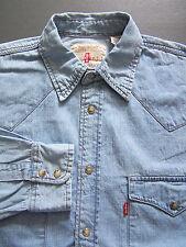 Levi's Regular Collar Loose Fit Casual Shirts & Tops for Men
