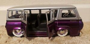 JADA 1:24 DUBCITY Oldskool 1965 Ford Econoline BUS RARE Toy Purple Hippie Ride