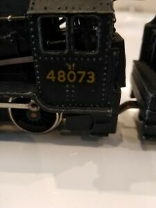 Hornby Dublo 2-8-0  8F Freight Locomotive     2 RAIL