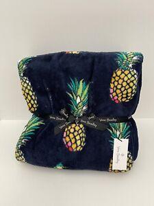 "Vera Bradley Plush Throw Blanket in Fleece Pineapple Oversized 80"" x 50"" NWT"