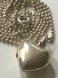 """Sterling silver heart locket pendant and '925' popcorn chain 23"""" necklace 6.43g"""
