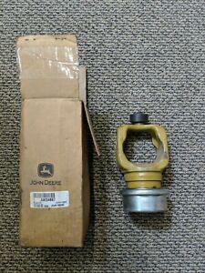 John Deere HX20 Rotary Cutter Tractor Yoke 6-Spline Part #AW34667