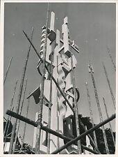 PARIS c. 1935 - Exposition de 1937 Sculture au Palais du Bois - Div 4360