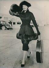 Arlene Dahl 1955 - Actrice Tenue Élégante Haute Couture Londres - PR 899