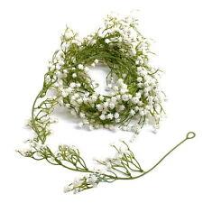 Flores, pétalos y guirnaldas de color principal blanco para bodas