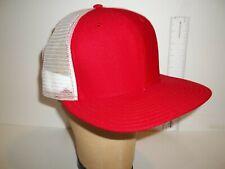VINTAGE NOS SIZE M/L BLANK NEW ERA MESH BASEBALL SNAPBACK HAT CAP..RED/WHITE