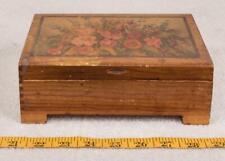 Vintage Small Cedar Wood Jewelry Trinket Box Flower Motif g25