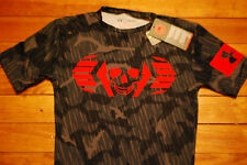 NEW Under Armour Combine Skull Bolt Strength Compression Shirt (Medium)