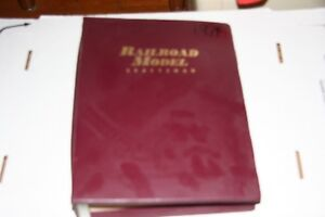 RAILROAD MODEL CRAFT MAGAZINE FULL YEAR 1974 IN BINDER,MOST ISSUES IN GOOD SHAPE