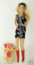 TV 90210 Beverly Hills BARBIE  Donna Martin 1991 CELEBRITY DOLL Tori Spelling