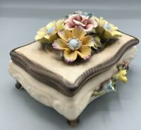 """Rare Ltd Edition 56/F1 Vintage  Capodimonte 8"""" Long Flower Lidded Footed  Box"""