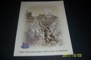 2009 PHILADELPHIA PHILLIES Yearbook RYAN HOWARD Jimmy ROLLINS World Champions