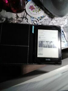 """Kindle paperwhite 10th generation Including """"Caseable"""" Brand Case"""