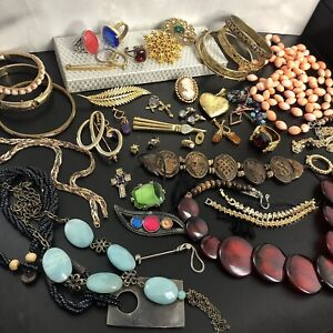 Vintage Retro Modern Wear Repair Craft Mixed Costume Jewellery Bundle Job Lot